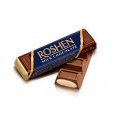 Батон Рошен молочно-шоколадний з начинкою крем-брюле (синий)43г