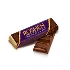 Батон Рошен шоколадный с ромовой начинкой (фиолетовый) 43г
